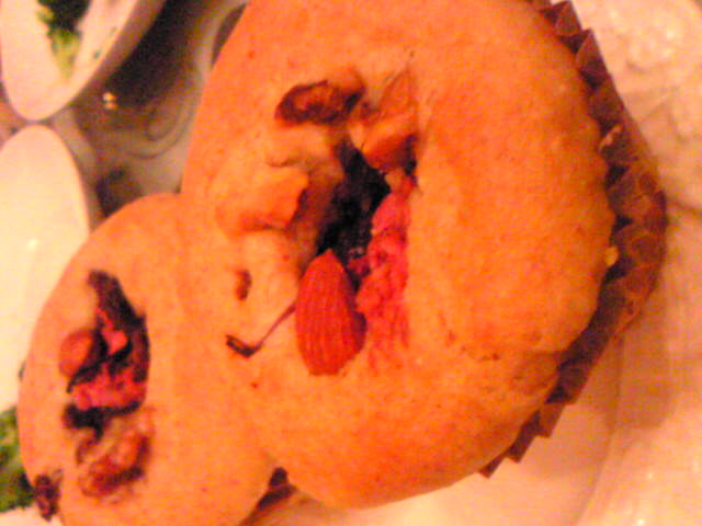 桜と小豆あんのマフィン